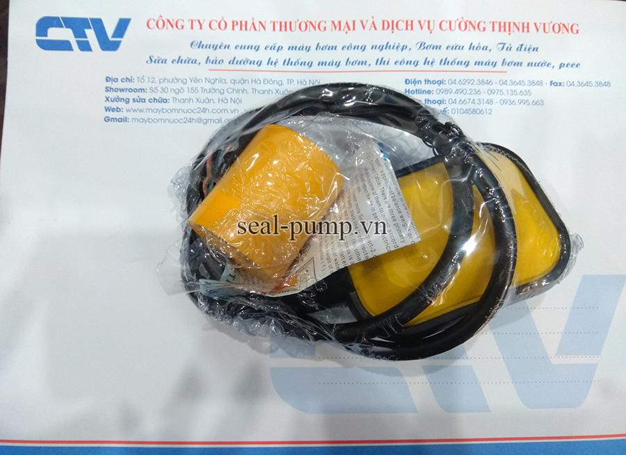 Phao điện máy bơm nước tự động CTV AT1M